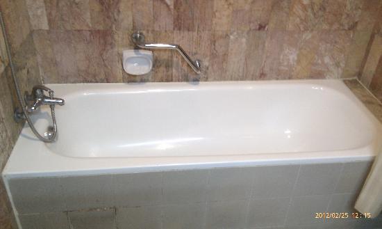 Superb Formosa Hotel: They Have A Bathtub
