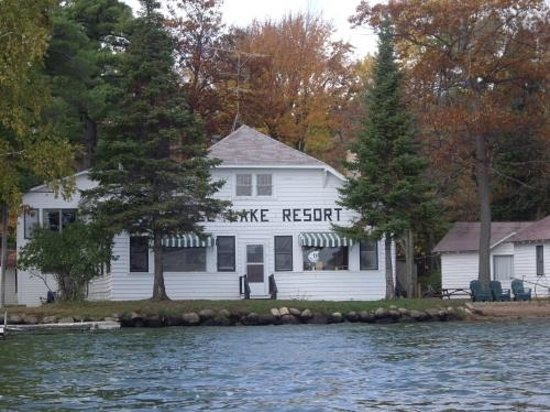 Jansen's Eagle Lake Resort: Neat old time lodge