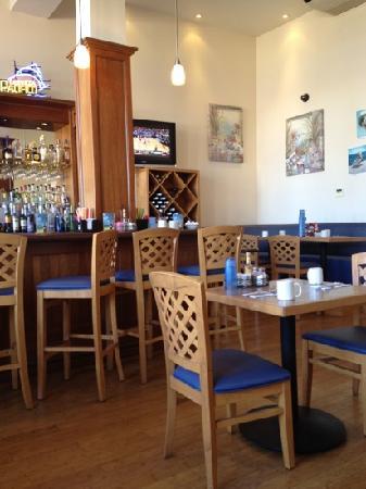 The Cottage Restaurant: Interior