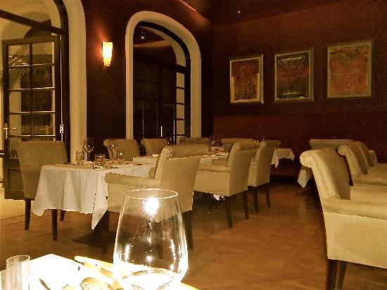 Algodon Wine Bar: Chez Nous at the Algadon Mansion