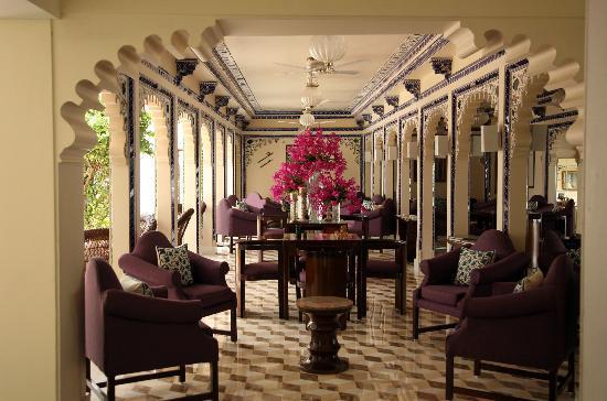 Taj Lake Palace Udaipur: Reception area