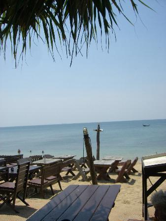 Lanta Palace Resort & Beach Club: Lunchveiw