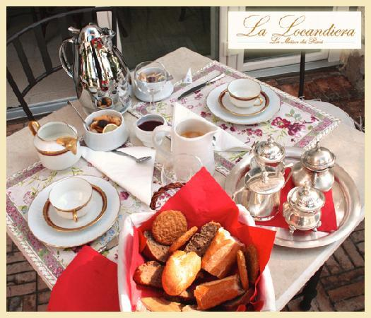 La Locandiera: petit dejeuner  Break -fast