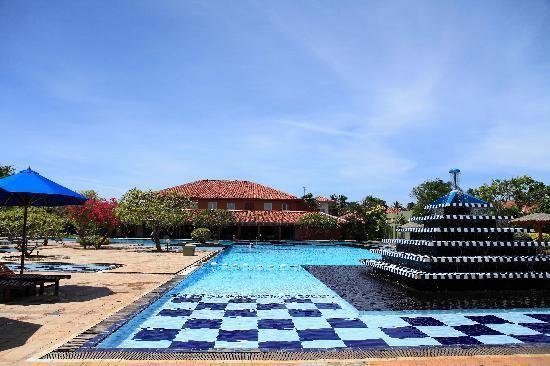Club Palm Bay Hotel: Swimming Pool
