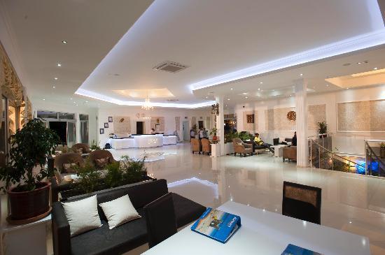 SunConnect Liberty Hotel: Lounge