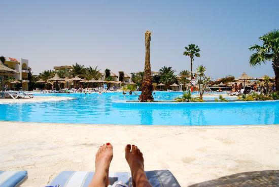 Restaurant de la plage le midi picture of labranda club for Club azur magog piscine