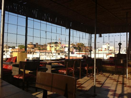 Ratan Niwas: rooftop restaurant