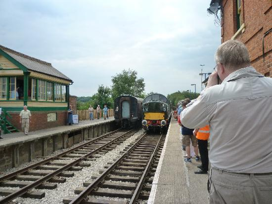 Epping Ongar Railway : D6929, a BR Class 37 locomotive arrives at North Weald station