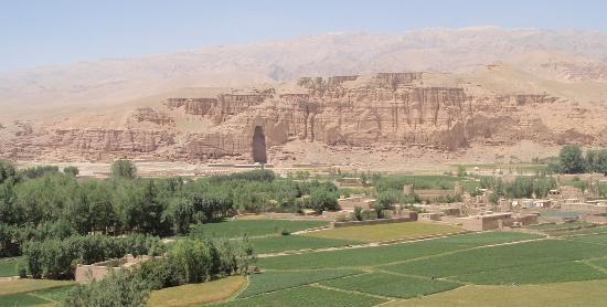 Cultural Landscape and Archaeological Remains of the Bamiyan Valley: Buddha mountain