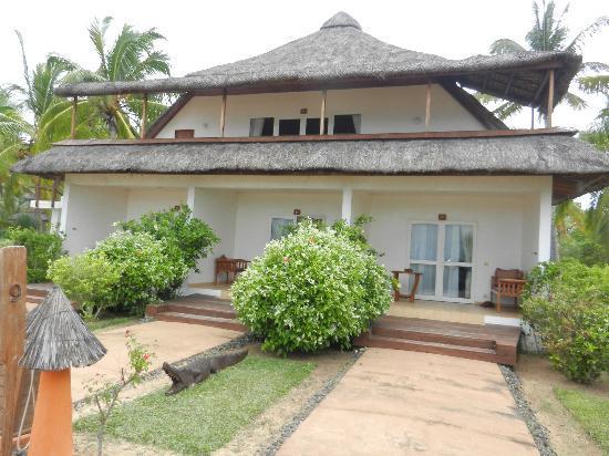 VOI Amarina resort: vista esterna del bungalow