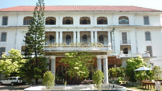 Yuzana Garden Hotel: The hotel