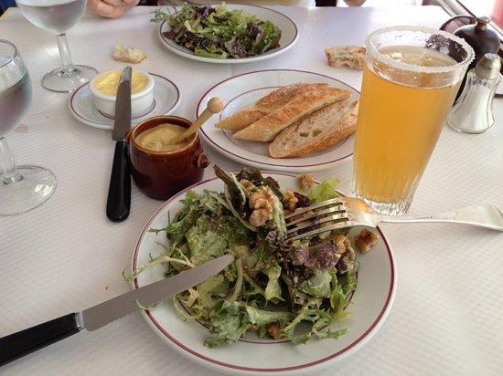 Salad starter steak on the way obr zek za zen le - Le relais de l entrecote porte maillot ...