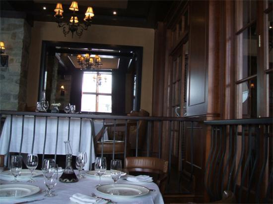 Restaurant La Quintessence: La Quintessence inside view