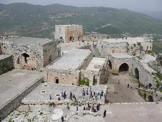 Tartus, Syria: Vista castello da una torre