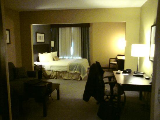 Wingate by Wyndham Regina: room