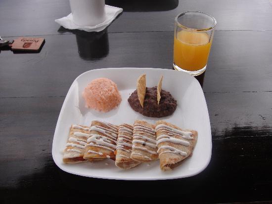 Posada Luna del Sur: Breakfast!