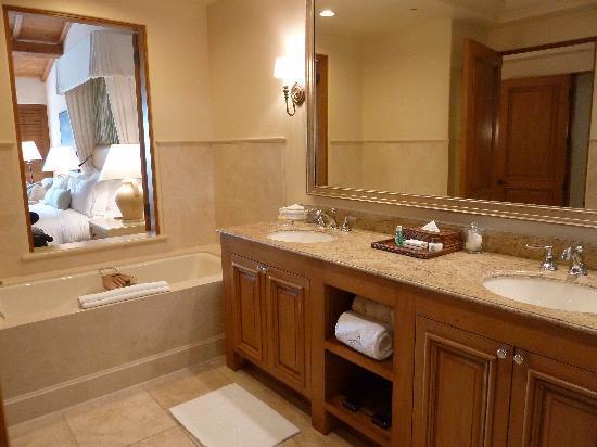 The Resort at Pelican Hill : la salle de bain