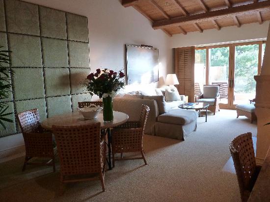 The Resort at Pelican Hill : la salle à manger et salon
