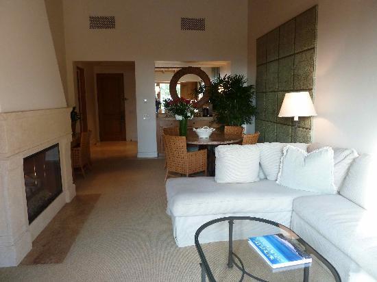 The Resort at Pelican Hill : salle à manger et salon