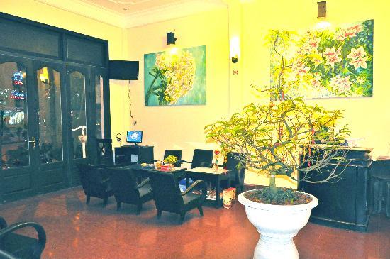 Jade Hotel: lobby