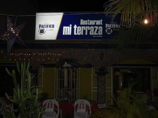 """Mi Terraza Restuarant Bat : Sign """"Mi Terraza"""" or """"Mi Terrasa""""?"""