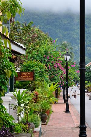 Villa Saykham: Lovely quiet street