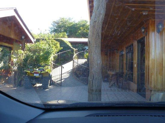 Monteverde Rustic Lodge: Font of Hotel
