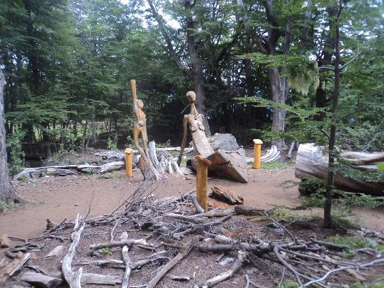 El Bolson, Argentina: tallas de madera