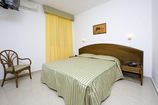 Hotel Tramonto d'Oro: Una camera standard