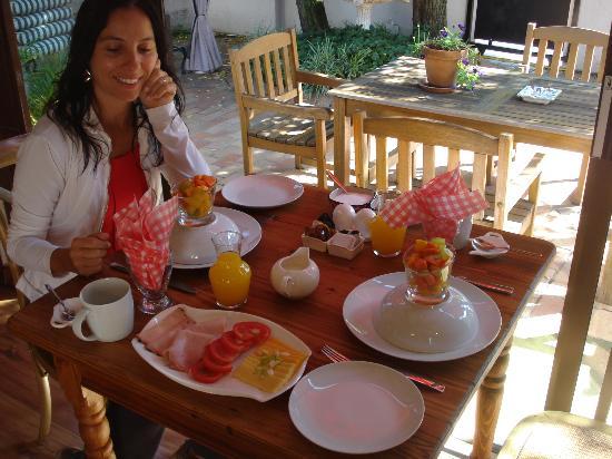 Sandton Slippers B&B: desayuno