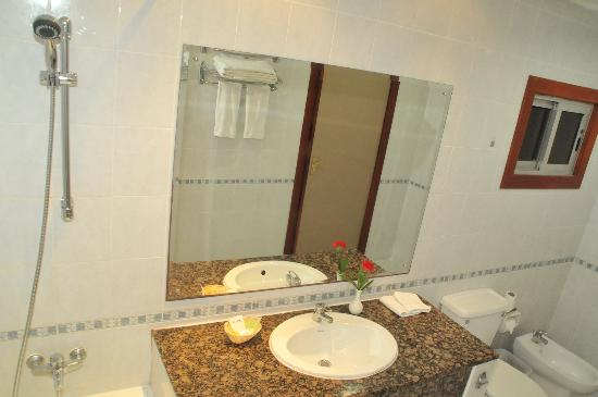 جلف جيت هوتيل: Toilet clean- no cocroaches