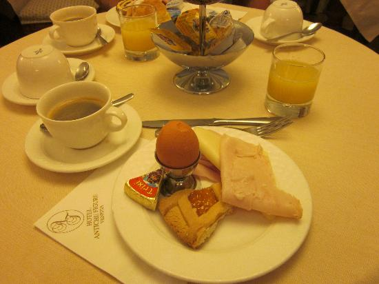 Hotel Antiche Figure: Very nice breakfast to start your day