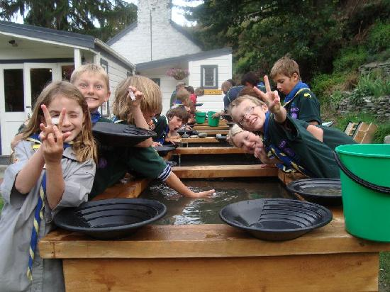 Dudley's Cottage Arrowtown: Great fun for kids!