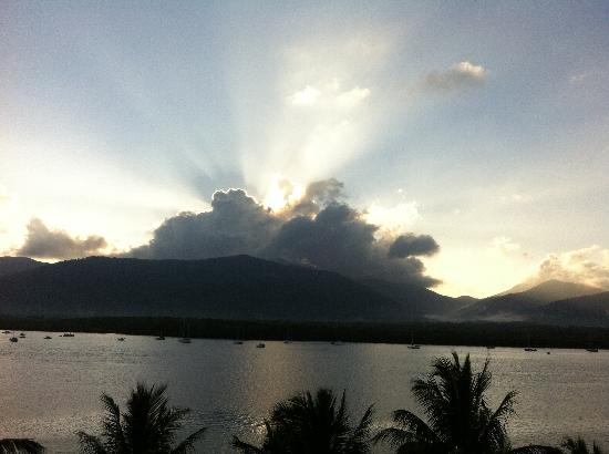 Hilton Cairns: Beautiful sunrises if you're up early enough.