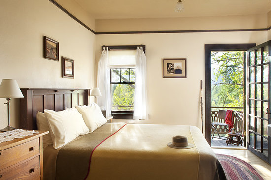 Belton Chalet: Balcony Room with Queen bed