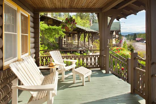 Belton Chalet: Cottage Decks