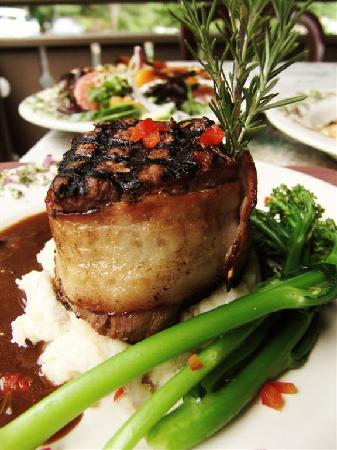Belton Chalet: Bourbon Filet