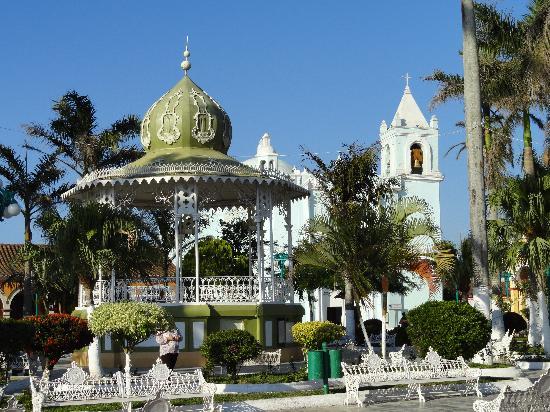 Casa De La Luz: le zocalo de Tlacotalpan