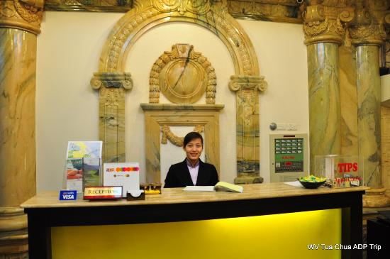 Hanoi Meracus Hotel 1 : Friendly & Knowledgeable Front Office personnel