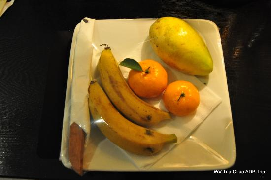Hanoi Meracus Hotel 1 : Commendable Fruit basket