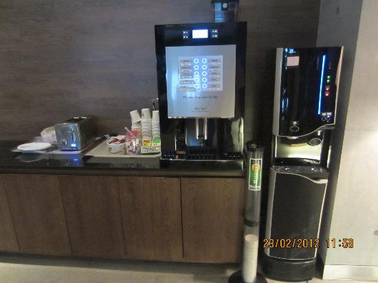 Nox Hotel: Automatc beverage machine & my fav is hot chocolate ;)'