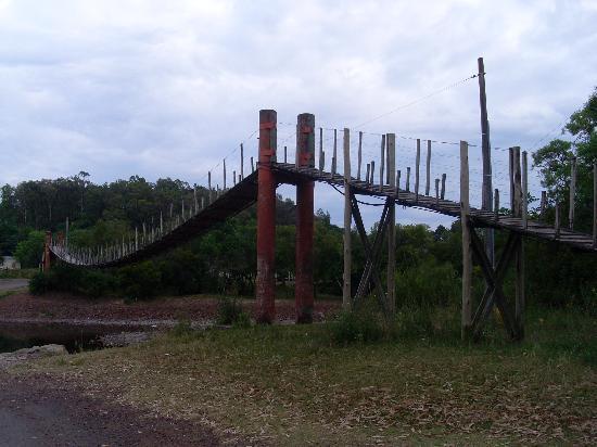 Tacuarembo, Uruguay: Swing bridge