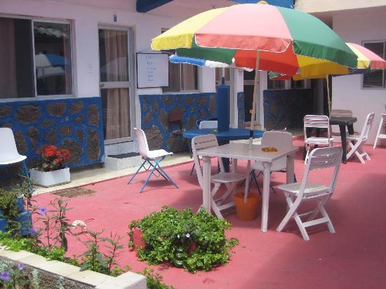 Hostal Elizabeth: Courtyard