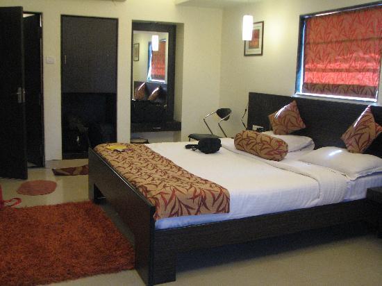 United-21 Resort Mahabaleshwar: Room2