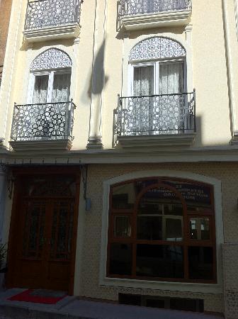 Muyan Suites: Hotel
