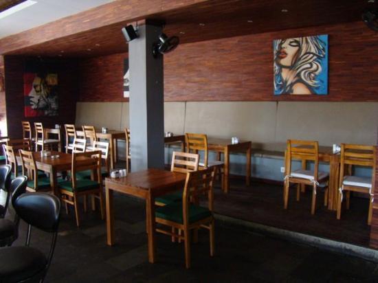 Amadea Resort & Villas: Bistro Batu Kali