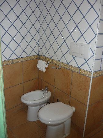 Santa Caterina: bagno - camera 4