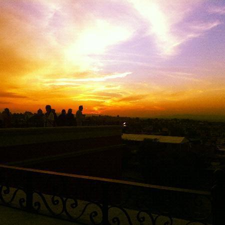 Rosewood San Miguel de Allende: view at sunset