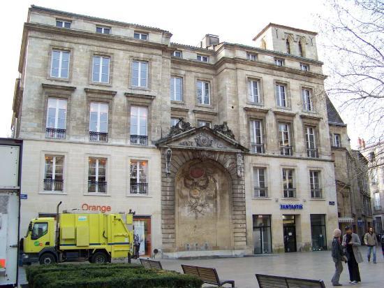 Rue Sainte-Catherine : Place Saint Projet