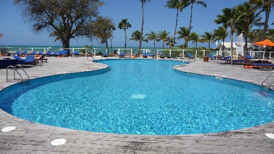 Langley Resort Hotel Fort Royal Guadeloupe: piscine de l' hotel.